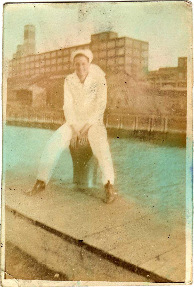 Dad 1935001