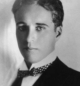 Charlie-Chaplin-001